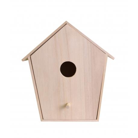 Casa de madera con cajón grande